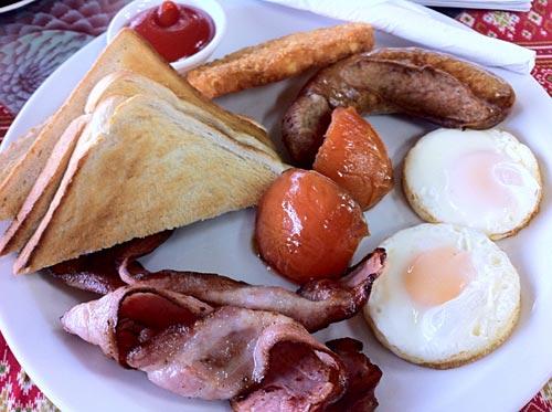 Breakfast or lunch in Taumaranui